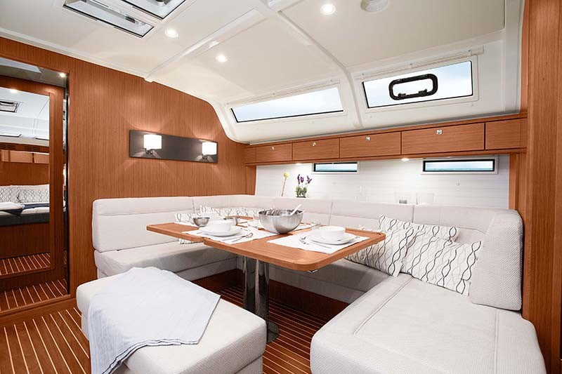 Bavaria Cruiser 51, silence one