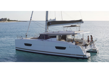 Fountaine Pajot Lucia 40 Nala with AC and generator